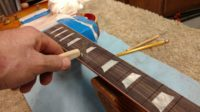 cleaning the fret slots